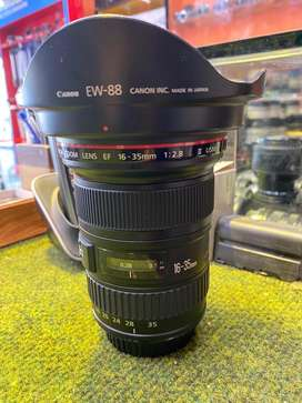 Canon 16-35 f/2.8 L II USM (Brand New Like - Scratchless piece)