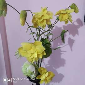 Flower along with Stand