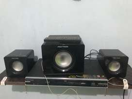 Dvd Polytron 1 set with speaker
