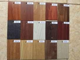 Daeji Vinyl Plank Decorasi Lantai