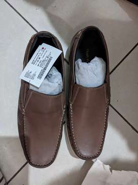 Hush puppy shoes brand new
