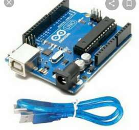 Arduino UNO board with cable