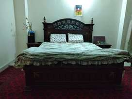 (Wooden)Double Bed with side table