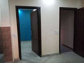 2bhk builder floor in sector 22 rohini