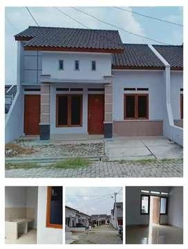 Rumah komersiil elegan clusteer damar hijau residence