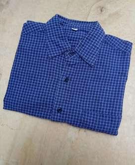 Kemeja Flannel Uniqlo S fit M navy garis biru putih