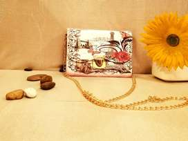 White Decent Hand Clutch With Golden Chain For Women