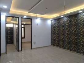 It's a 3 bhk builder floor situated in Krishna colony. 1200 sqft BUA.