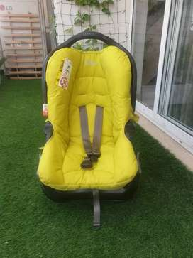 Graco car seat for kids (0-3) years 6000 rs