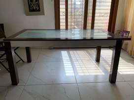 Index Dining Table