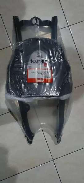 Bracket Top box Original Givi Honda ADV 150