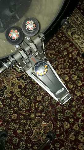 Double pedal Pearl Eliminator Demon Drive