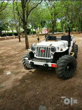Mahindra opne jeep