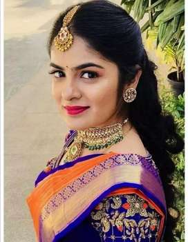 Bridal make up for rupees 6000 along with mehandi