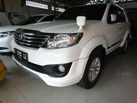 Toyota fortuner TRD tahun 2013 matik putih