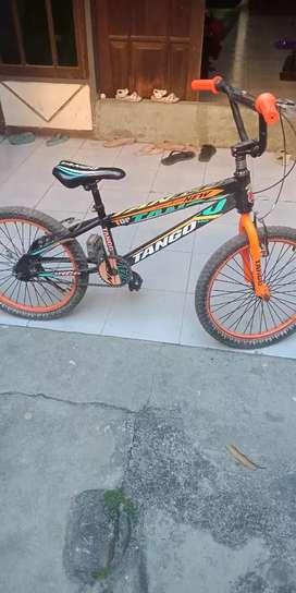 SEPEDA BMX UK 12 TANGGO