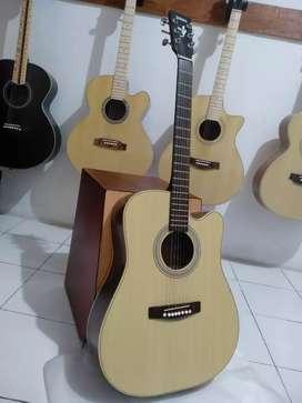 Gitar akustik tripton