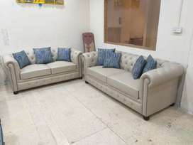 Three Plus Two Seats Modern Chesterfield Sofa.