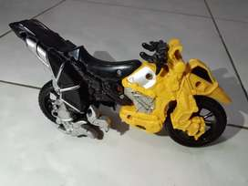 Motor power rangers Dino charge ori BANDAI