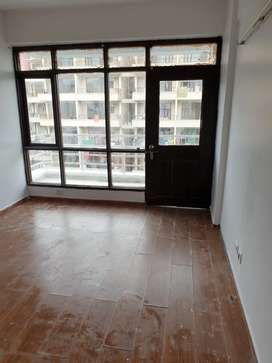 Very good flat available on rent
