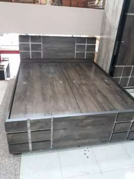 New Brand Boxbed Rs:7500/- size:5*6