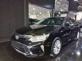 Toyota Camry 2.5 Hybrid AT 2017 Hitam