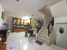 ANDRE TJHIA Green Mansion Full Renovasi Semi Furnish Sangat Terawat