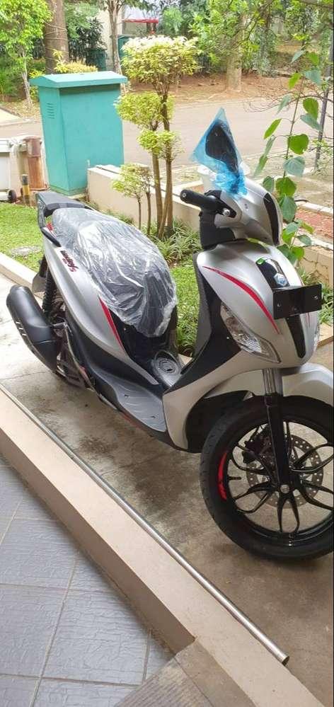 (Turun Harga 30Jt NETT) Piaggio Medley 150S ABS 2020 – Off The Road