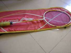 Li ning badminton racket with strings and cover (no bargaining)