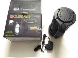 Td6000 a digital rechargeable searchlight