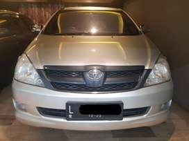 Toyota Innova E 2008 Manual -- Super Irit, Mobil idmaan Keluarga