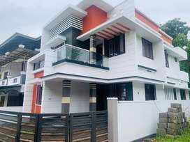 Aluva nasrath 4.5cent 2000sqt 4bhk  new house 85lakh