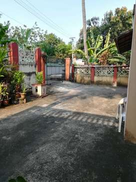 2r,2b,1 ac,2 bed,water hitter,chairs,Thirunakara,