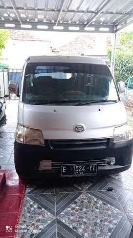 Over Kredit Daihatsu Grand max 2014