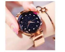 Trendy Stylish Ladies Magnetic Rose Gold Wrist Watch For Women