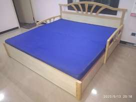 Convertible slider double cot