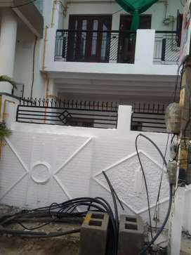 3 room house for rent for small service family