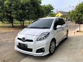 Toyota Yaris 2012 (Manual) Super White