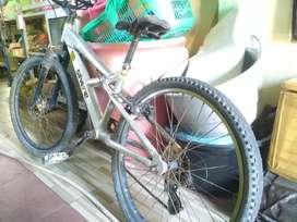 Sepeda santai terbaik