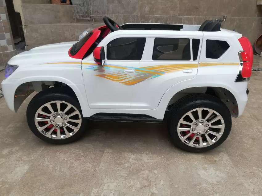 Kids Jeep ( 10/10 Condition) 0