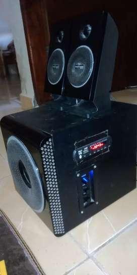 Speaker merk Advance