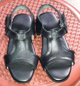 Small girl sandals