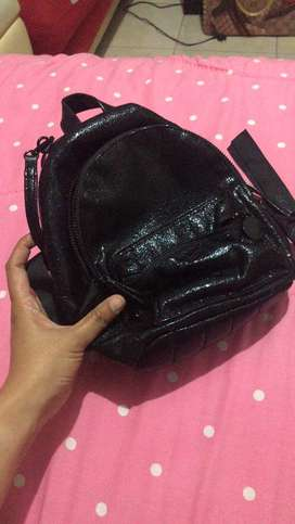 tas preloved merk victoria secreat like new