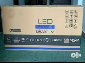 "40"" Smart led with year warranty"