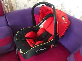 Baby carrier, seat car