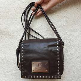 Pierre Cardin cokla kulit asli sling bag