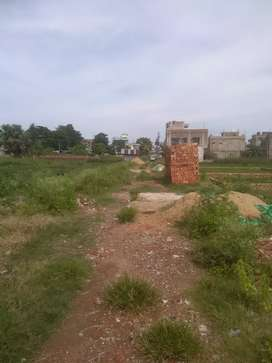 4katha PLOTS available on Bakhrahat bus route.