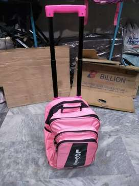 Schol bag cary traly. adjust fiting traly Colour Pink green Blue black