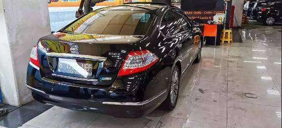 Nissan Teana XV 2012 Facelift Hitam Sunroof km 50 rb Antik & Istimewa 0