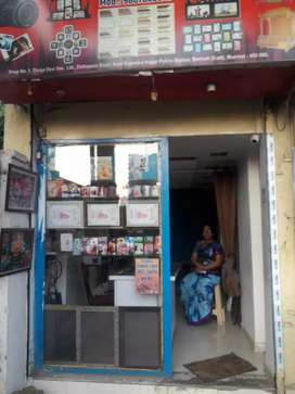 Commercial shop for rent in boriwali